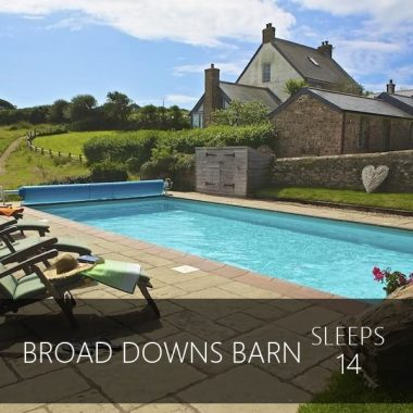 Broad Downs Barn sleeps 14