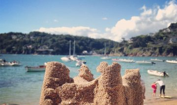 salcombe beach holidays
